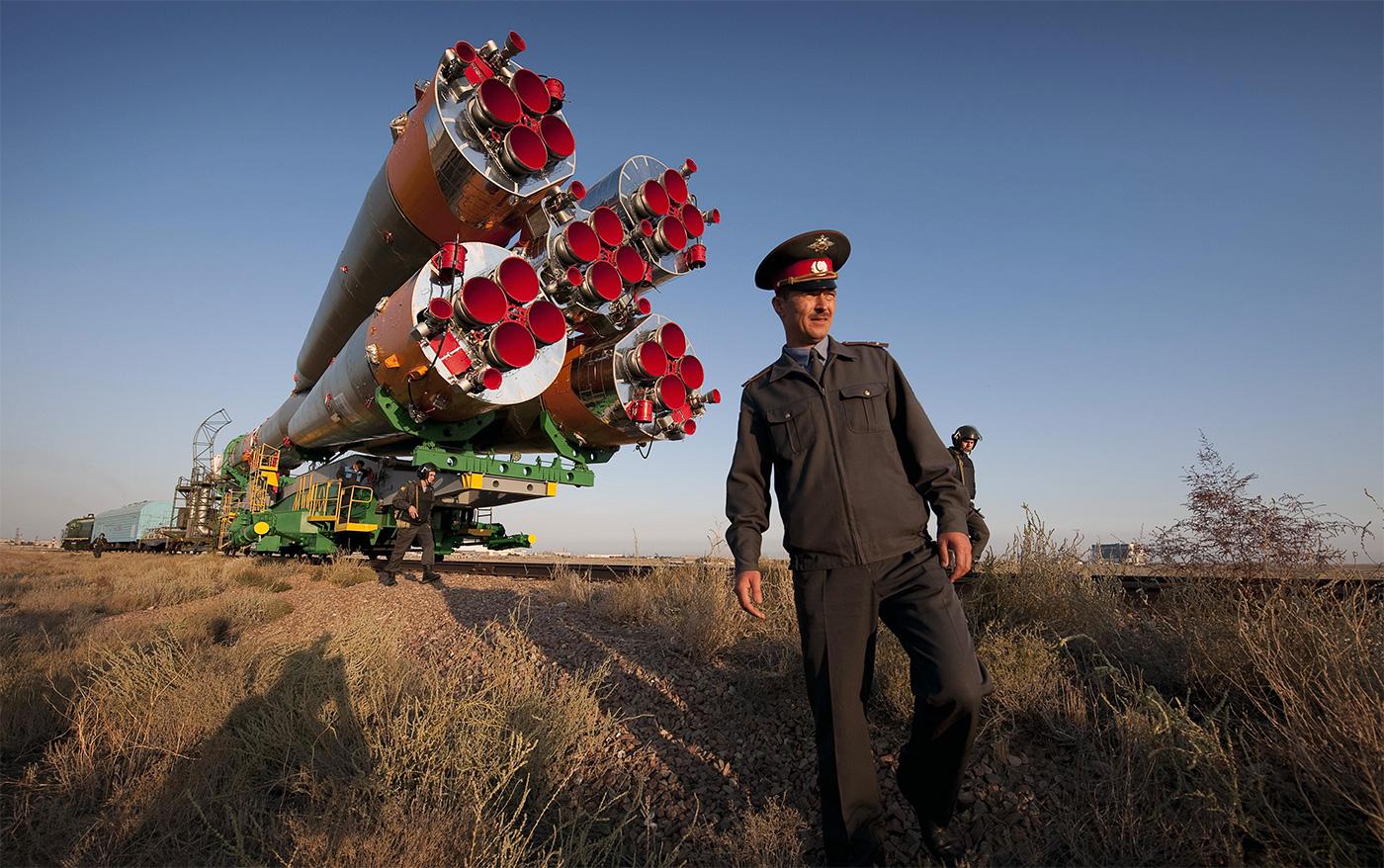 Vladimir Putin Roscosmos'u Kamulaştırıyor